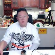 大胃王胖凯